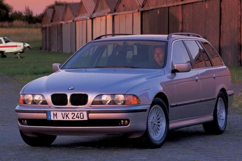 BMW 5-Series Touring С 1997 по 2004